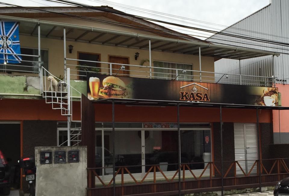 KASA Hostel Resto Bar
