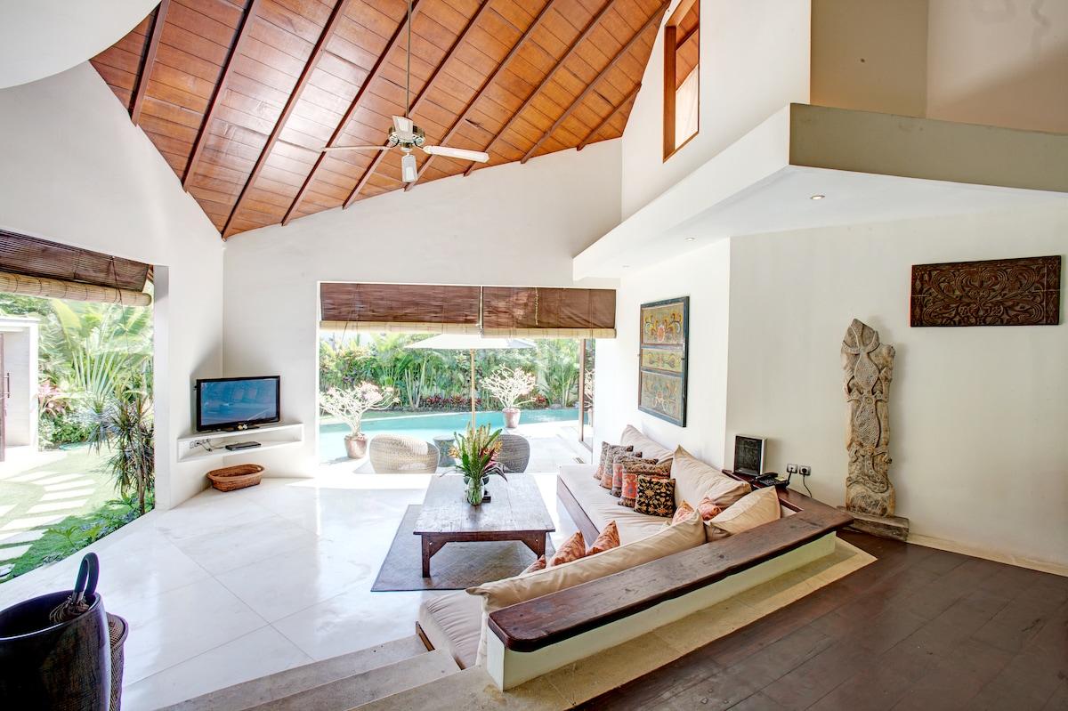 Villa Sahaja - Lush 2 bedroom villa