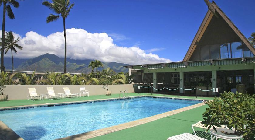 Studio condo Maui Beach Hotel