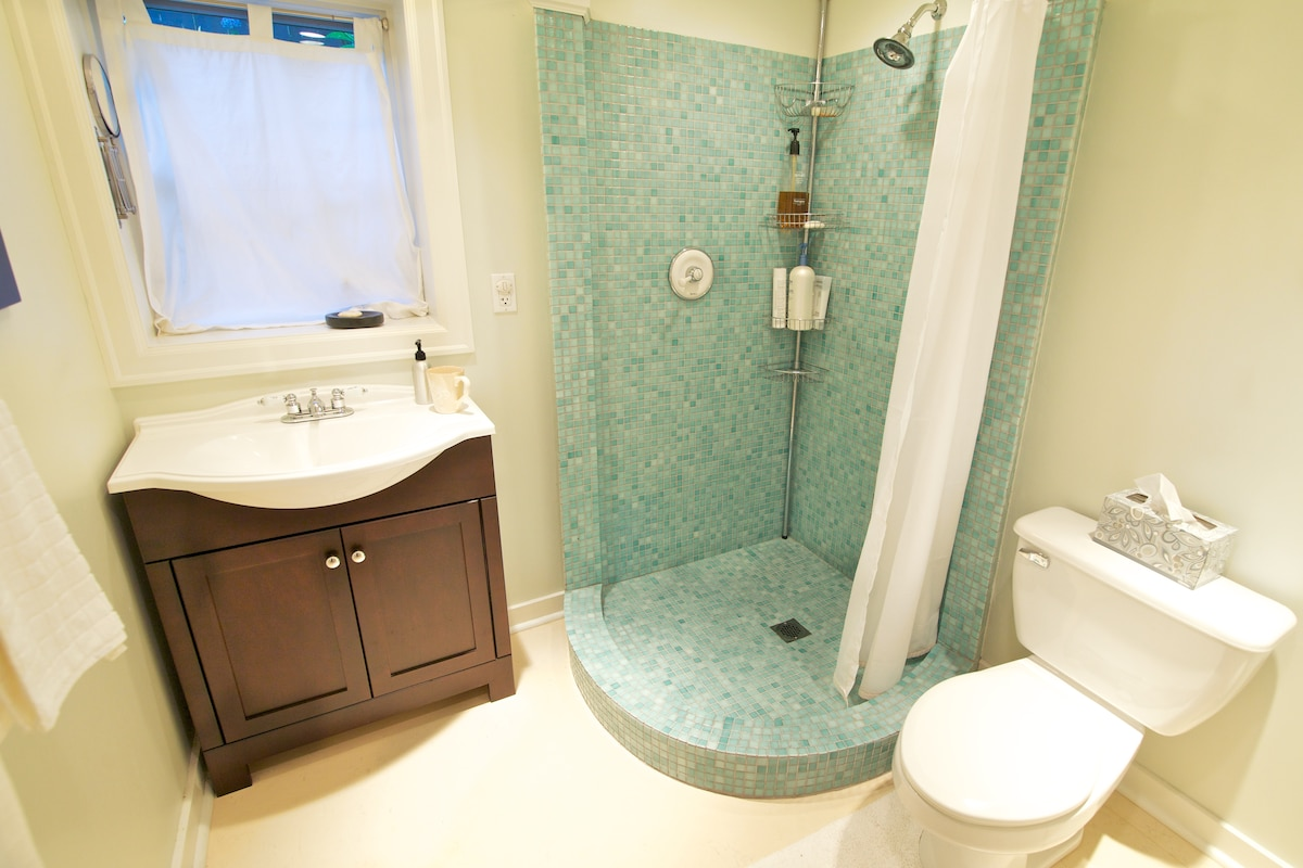 Bathroom just for you.