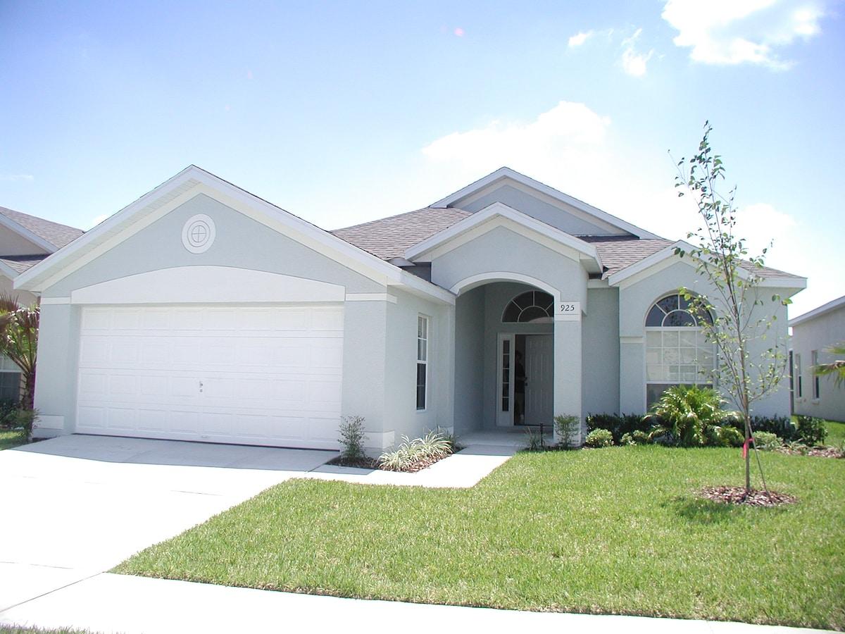 Modern Florida villa near Disney