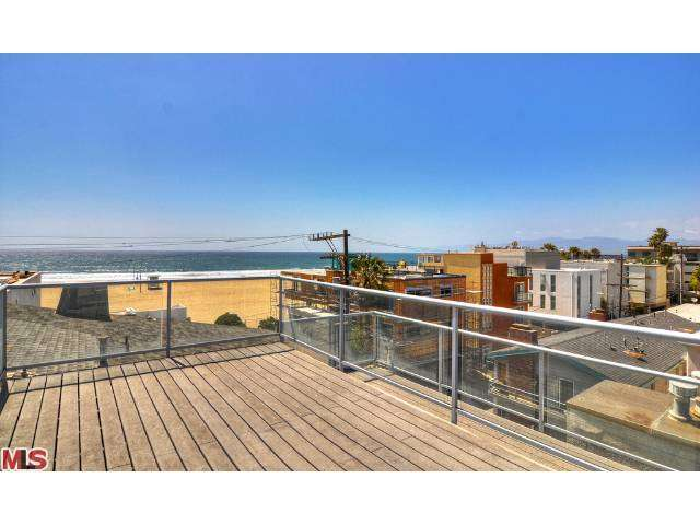 Gorgeous ocean view condo for rent!