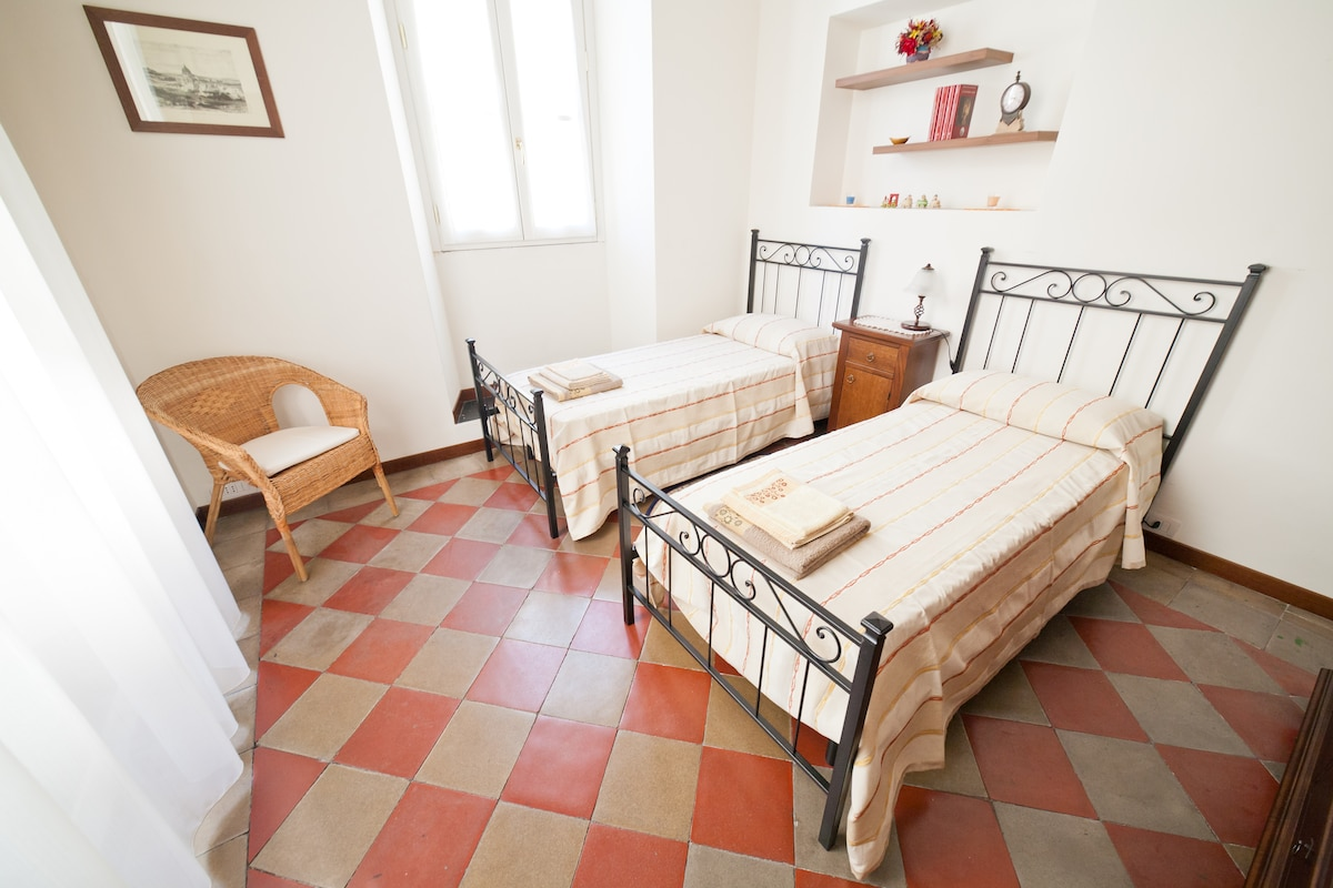 """il nido"" double bedroom"