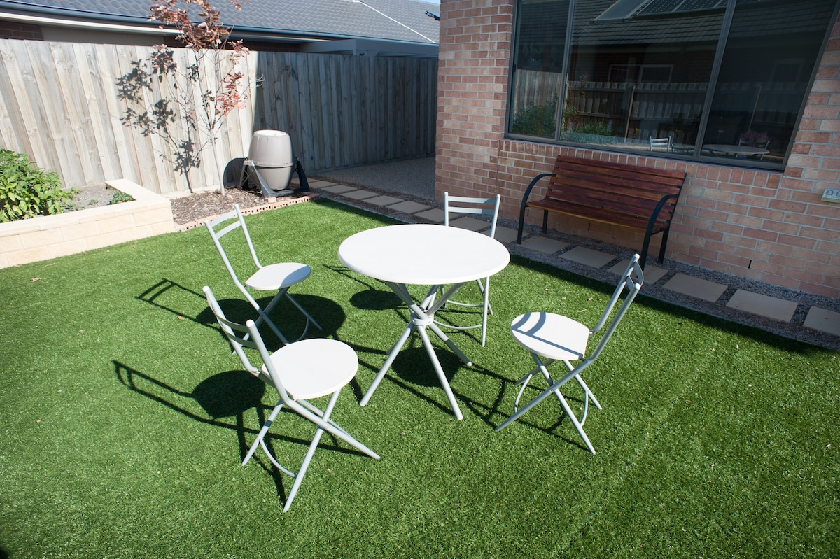 Time for a cuppa in the back garden ?