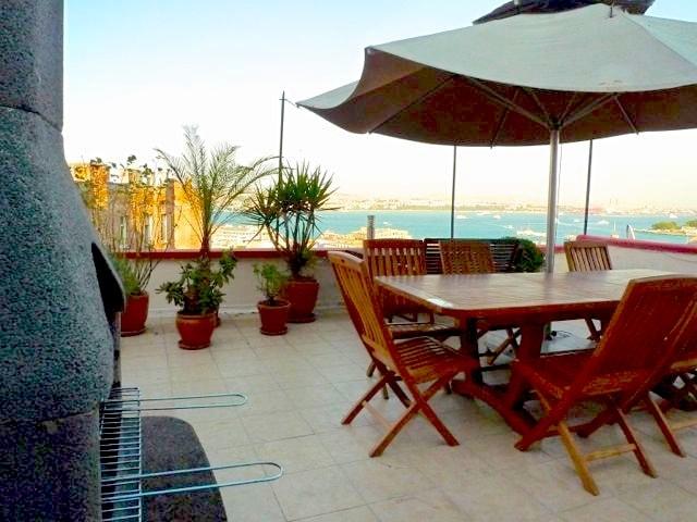 Galata, views! Roof terrace, studio