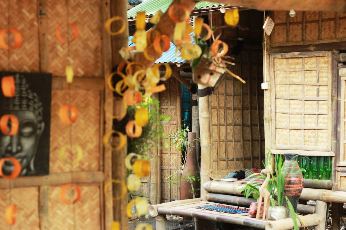 BAMBOO BOTTLE HOMESTAY