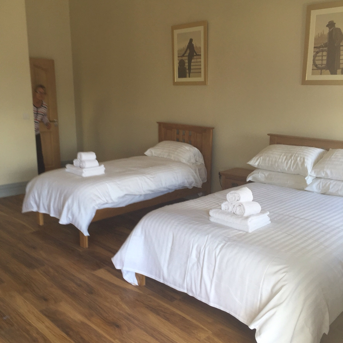 No1  Self Catering Apartment Cashel