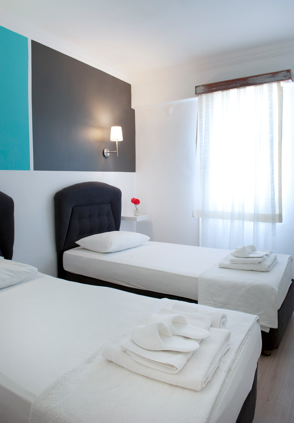 Pudra boutique hotel 2 single beds1