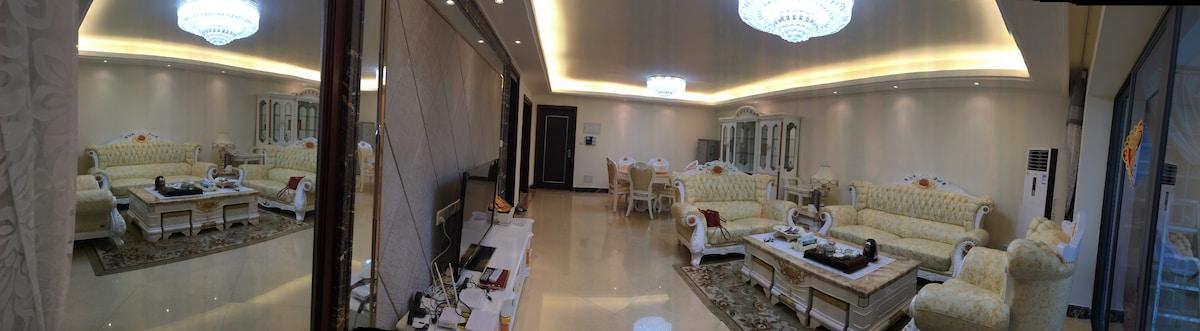 广州增城区新塘凤凰城天麓山豪华三室公寓195spm apt in GZ