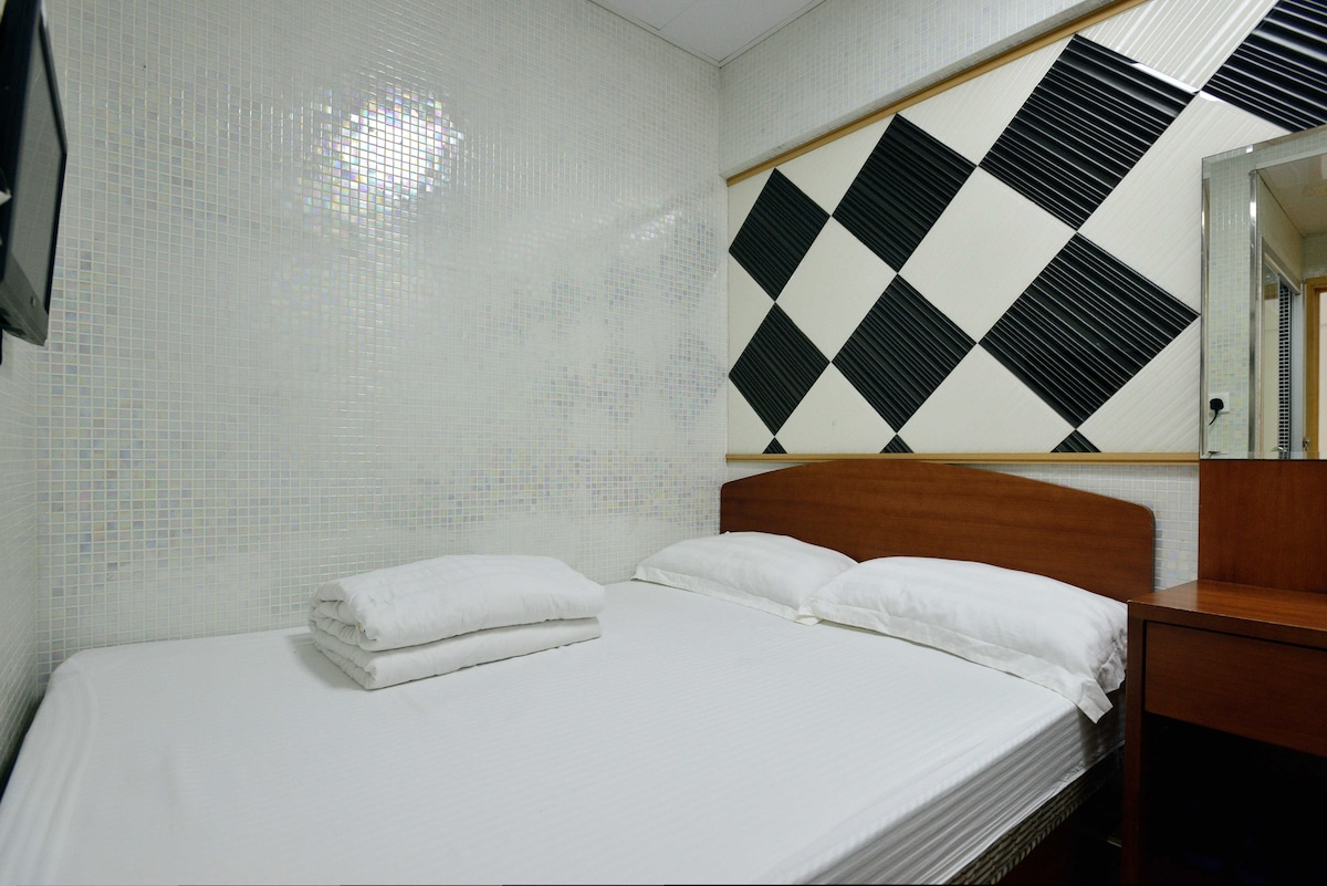 Double bed Room-1