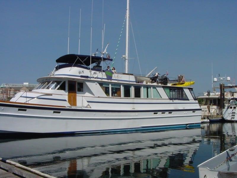 Luxury Yacht, Sleeps 10