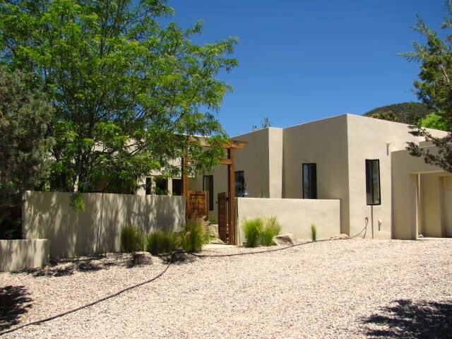 Casa de Ventanas is on the edge of the Carson National Forest yet within biking distance of Taos Plaza.