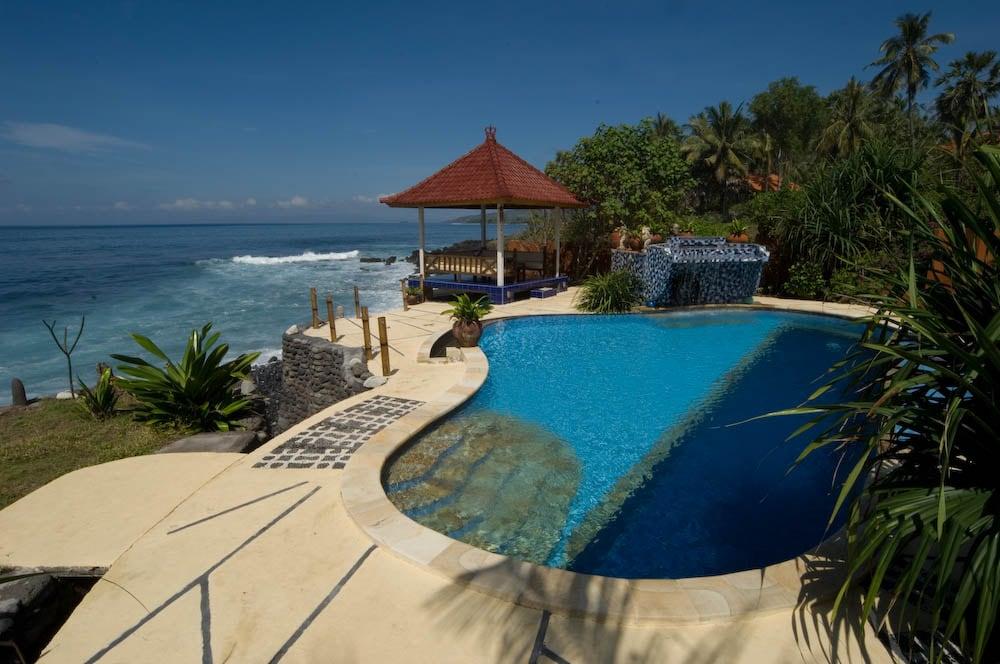 Kebun Impian -Absolute beachfront