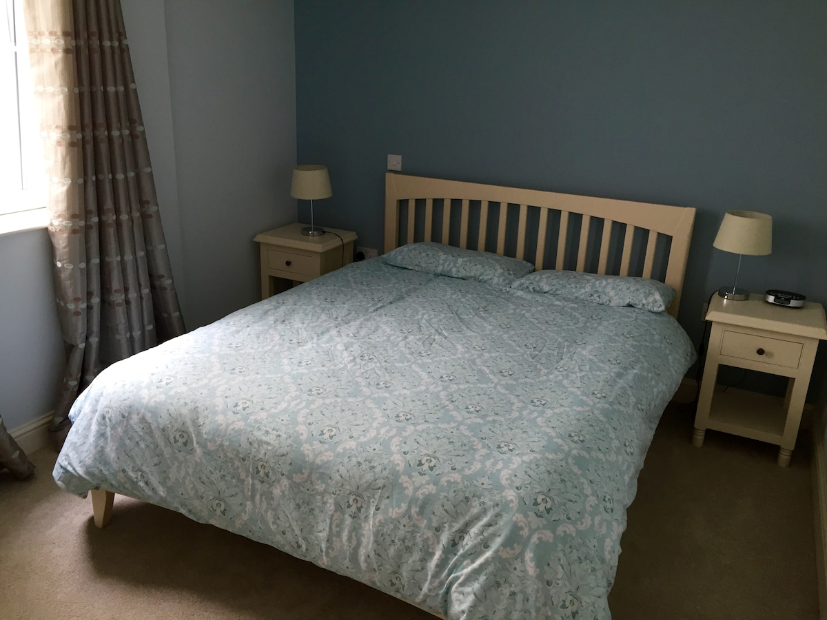 Spacious double room in Cork Centre