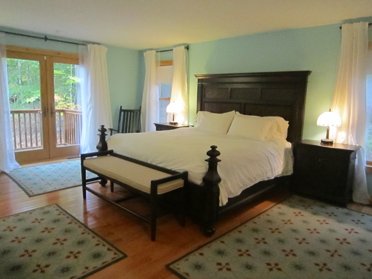 Master Suite in bed and breakfast
