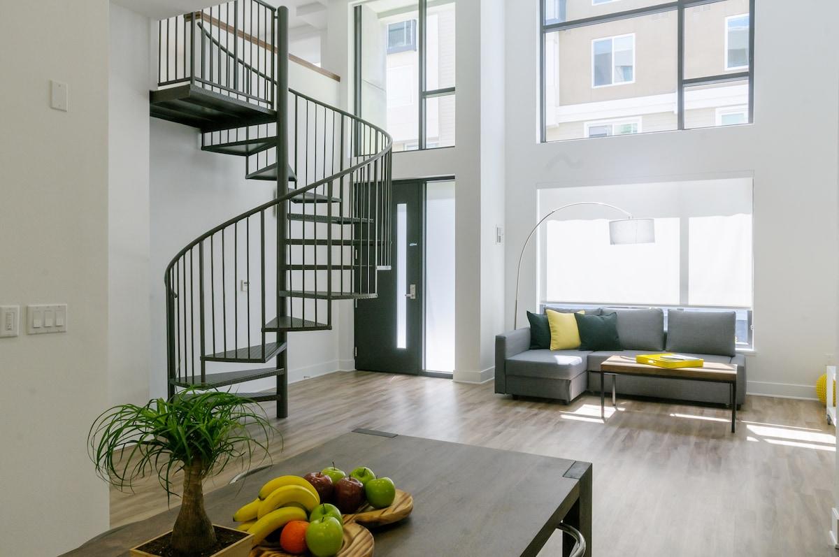 Brand New, Modern 2BR Loft Downtown