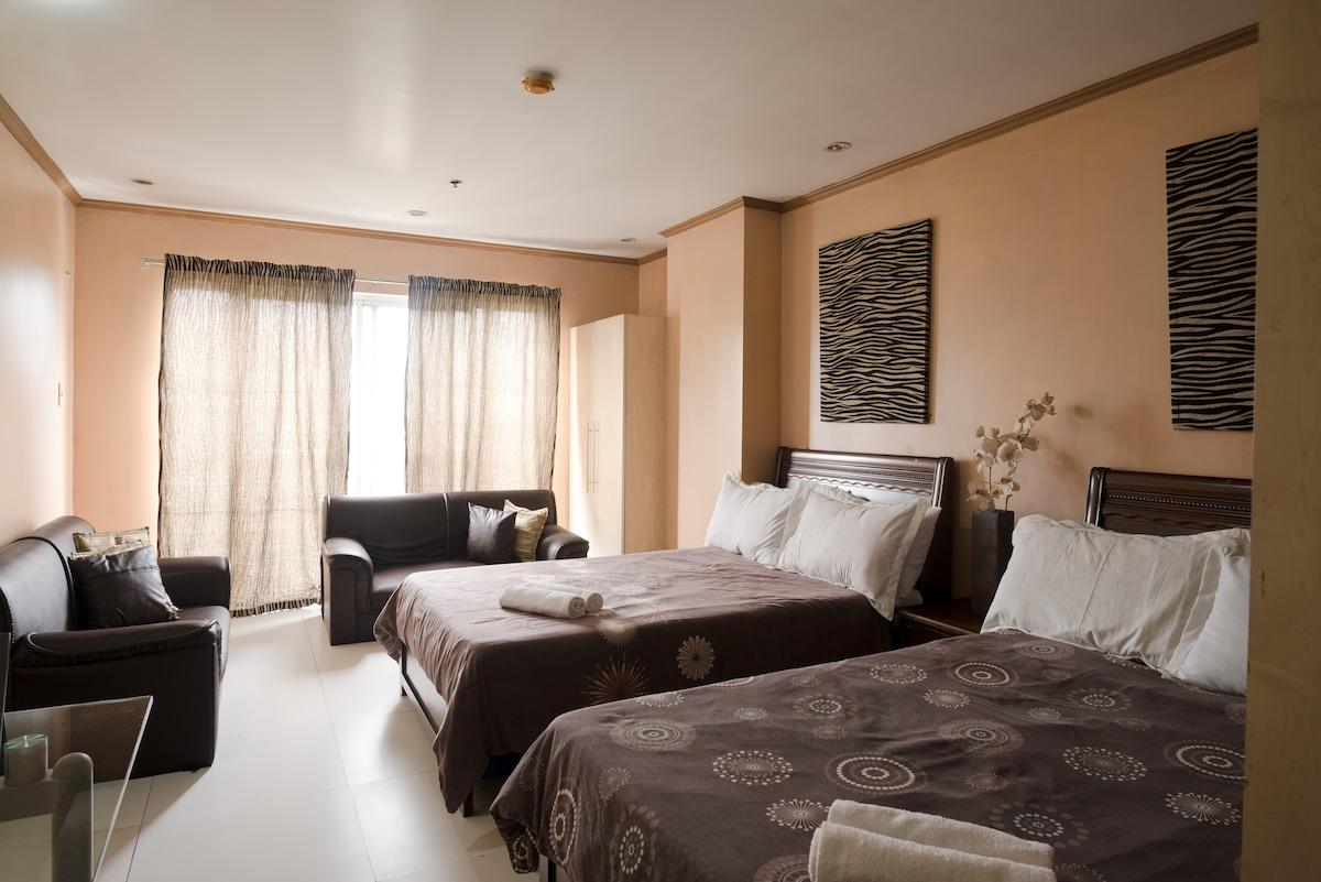 Unit 510 Burnham Suites Condominium