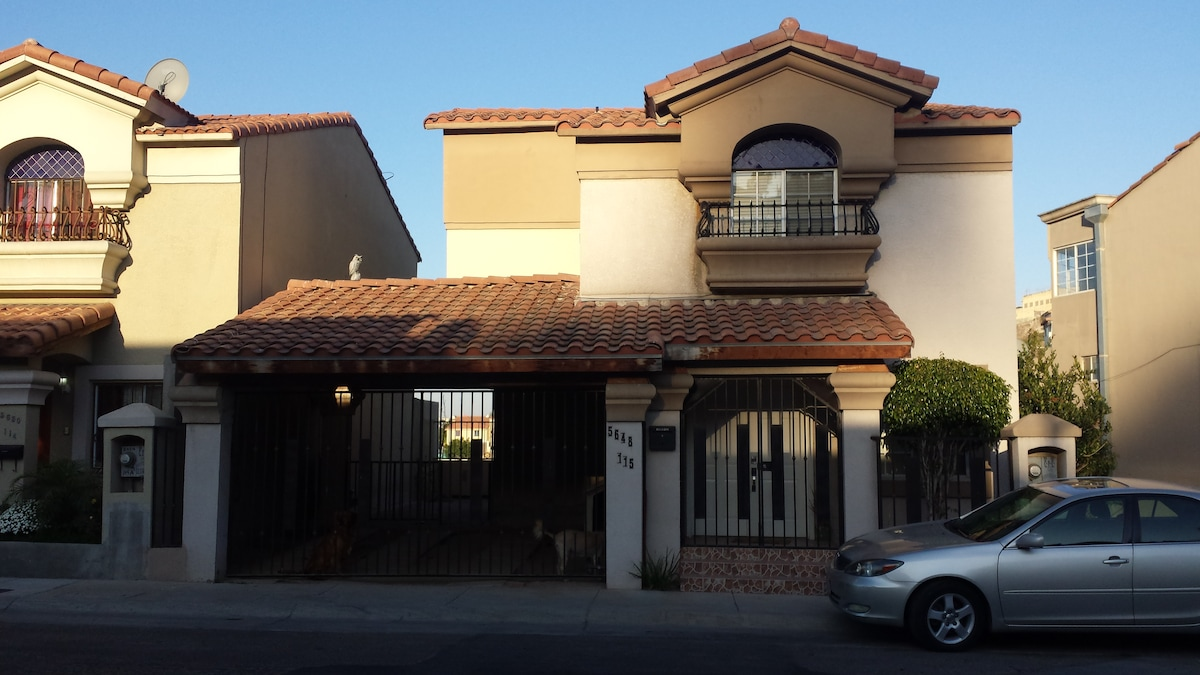 Nice home in the hills of Zona Rio