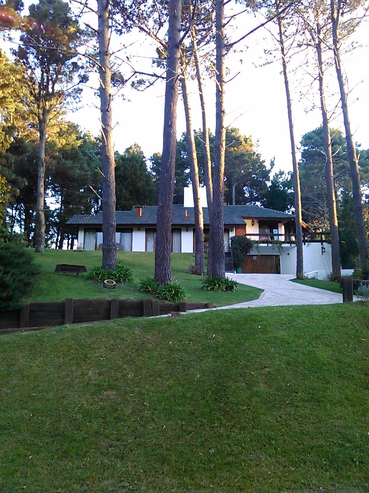 Gorgeous house in golf neighborhood