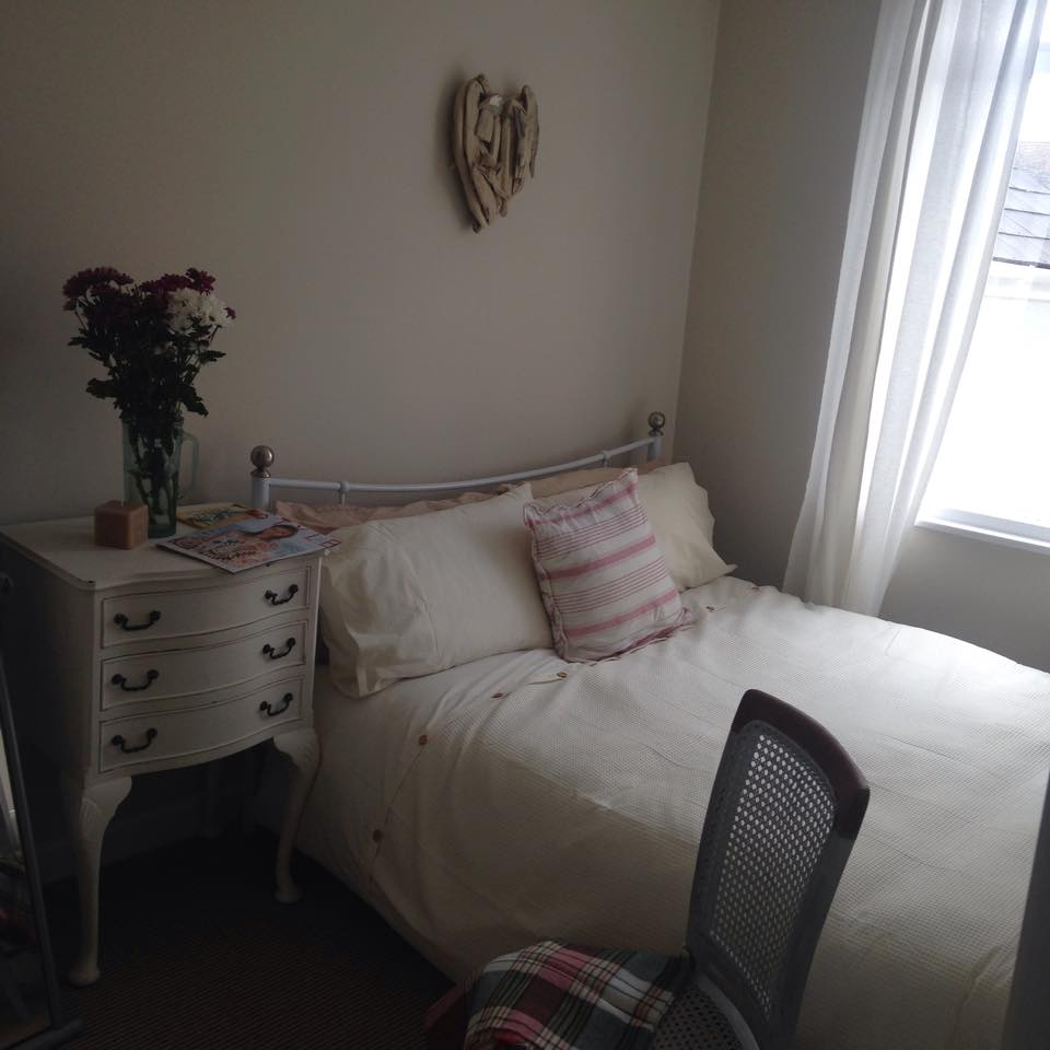 Sunny luxe double room by the sea