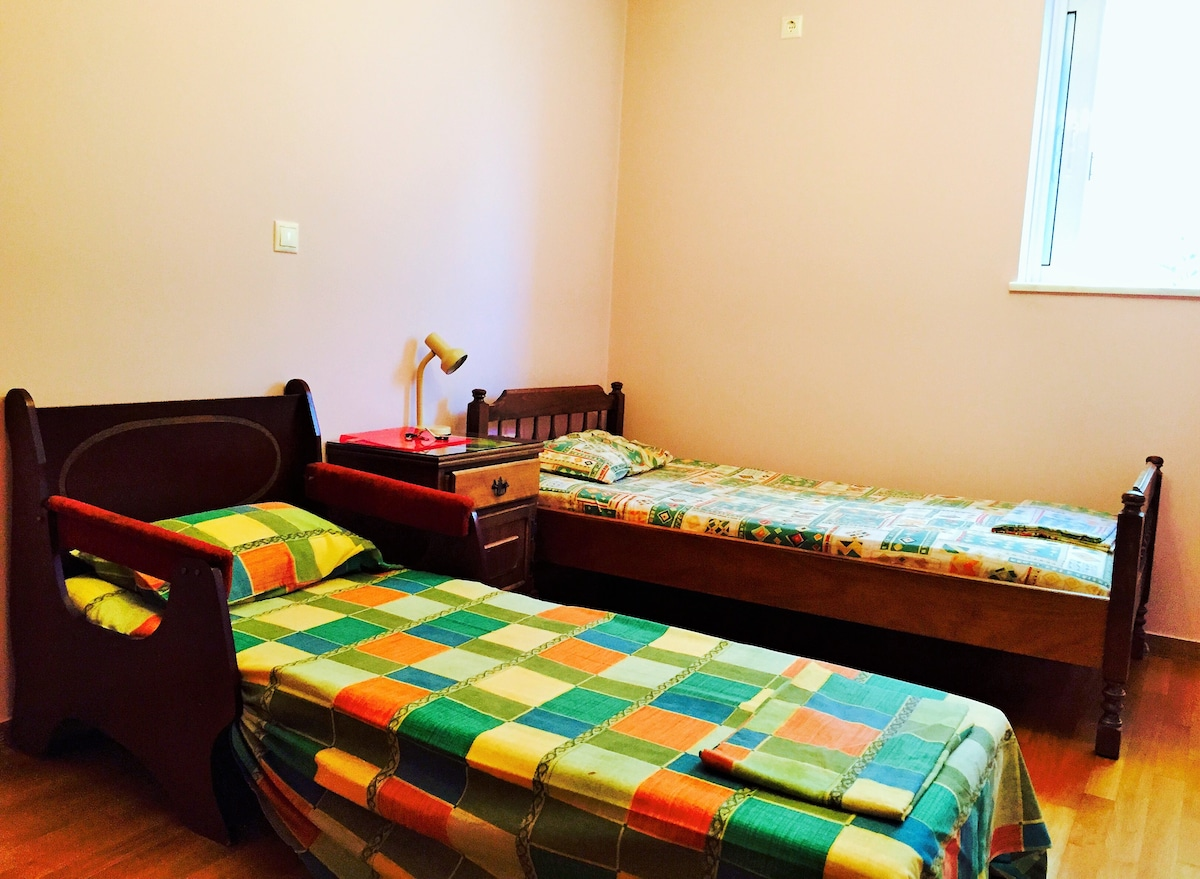PrivateRoom near Airport & Athens 2
