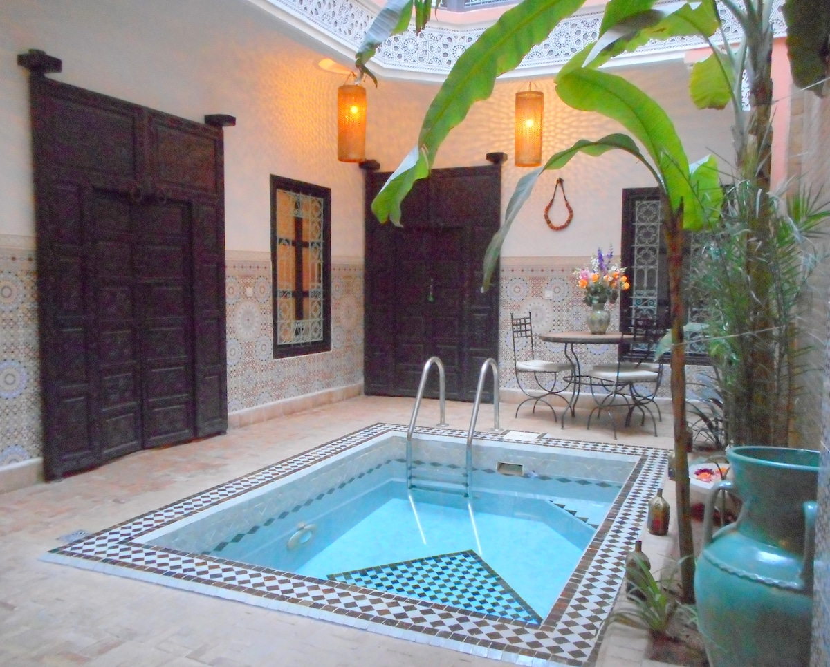 A NIGHT IN AN AUTHENTIC RIAD