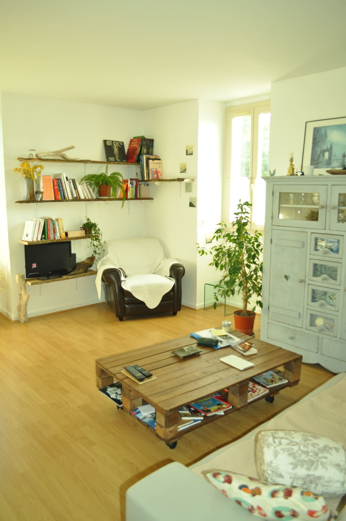 nice  room in the heart of Versaill
