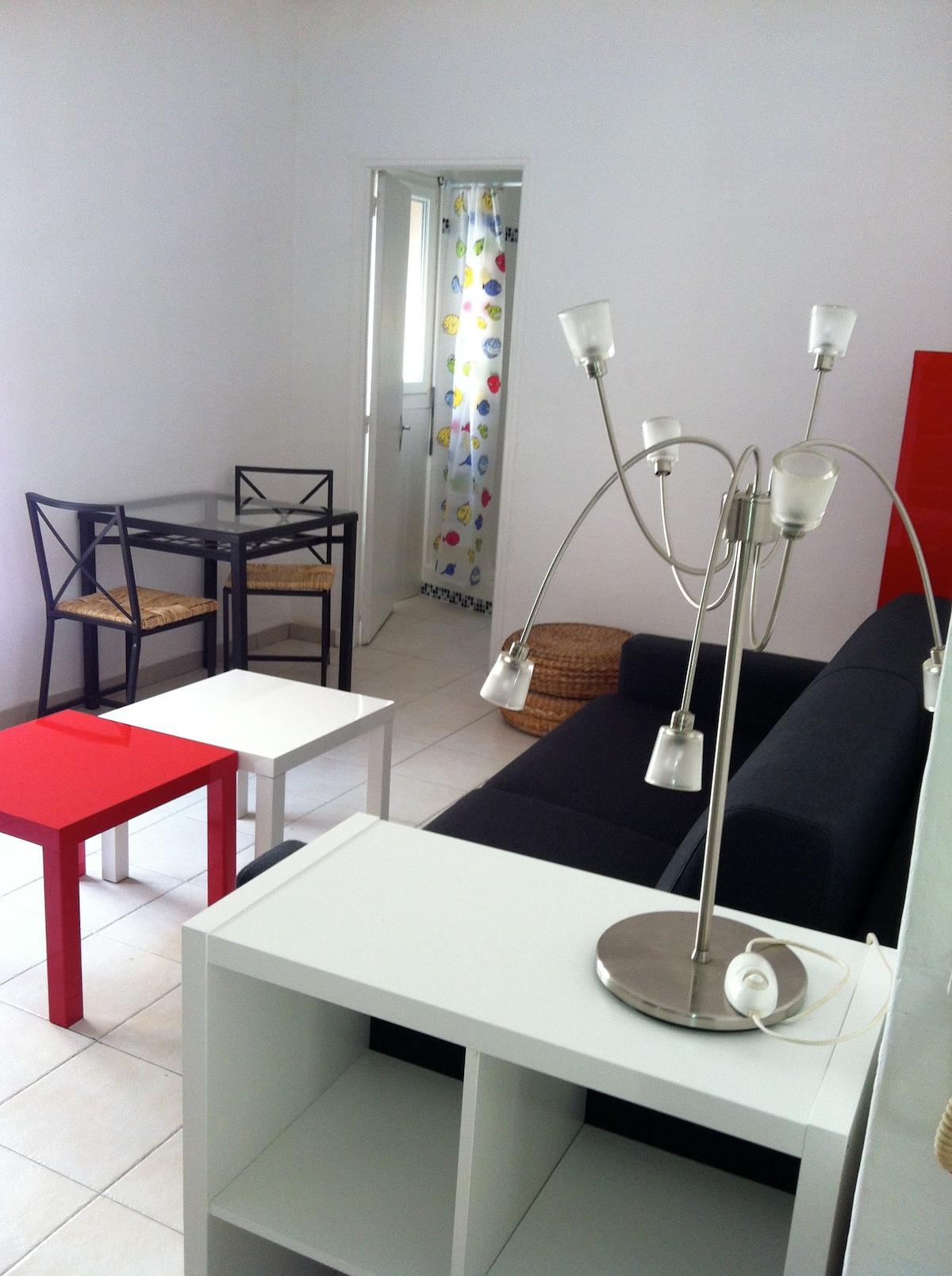 Appartement type T1, cuisine séparé