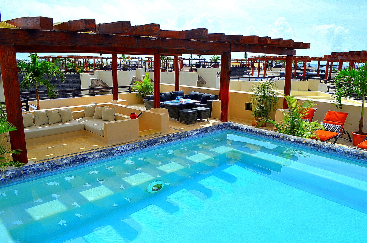 Your Private Roof Top Pool with Lounge Areas, Tanning, Dining, and Star Gazing with Partial Ocean View