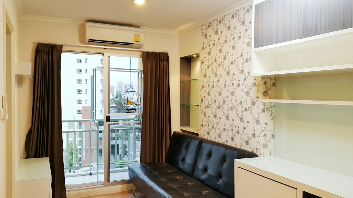 Fully furnished 1 bedroom Riverview
