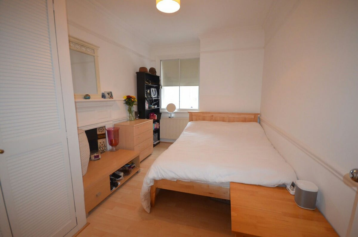 Double room in London W1, Oxford St