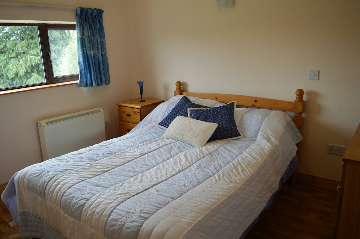 One bed self contained apartment