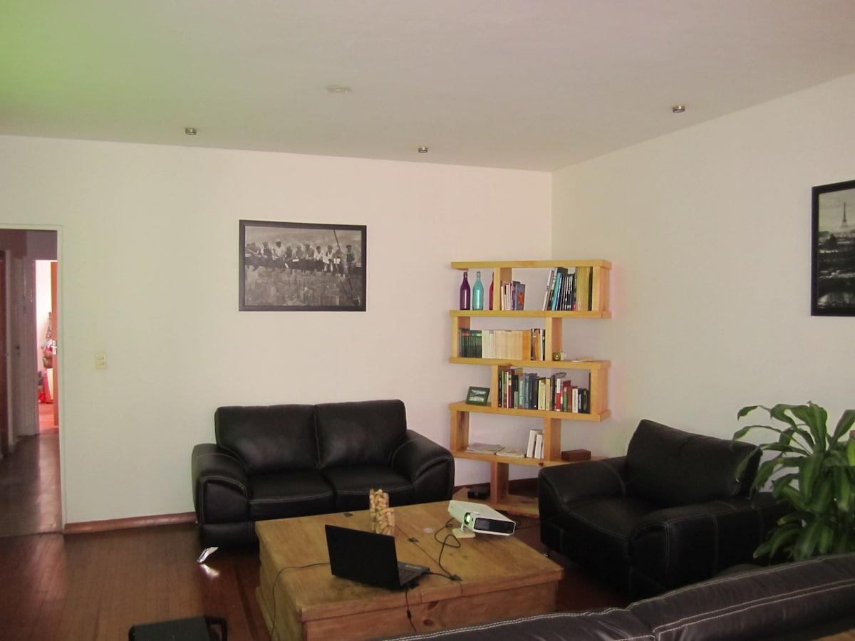 Beautiful room in Condesa