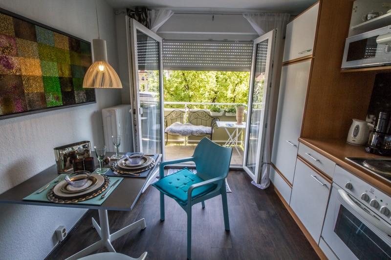 Apartment  Ferienwohnung mit Balkon