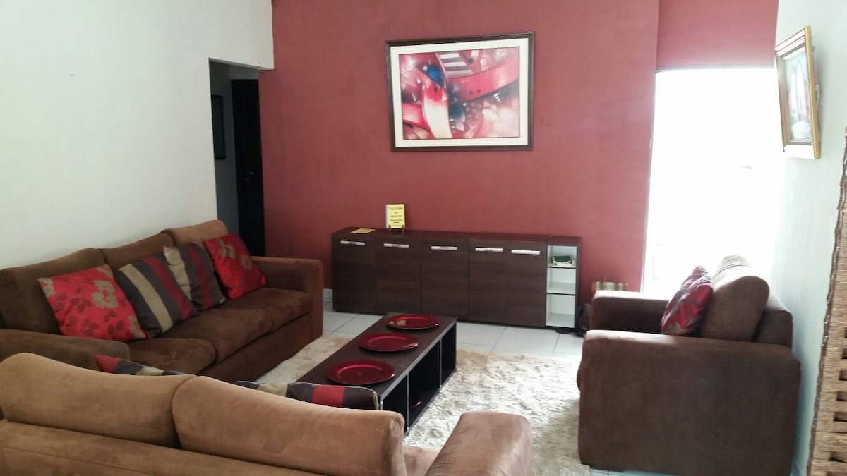 Casa completa / Full House