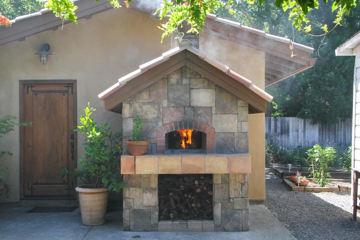 Tuscan Villa w/ Pizza Oven & Bocce