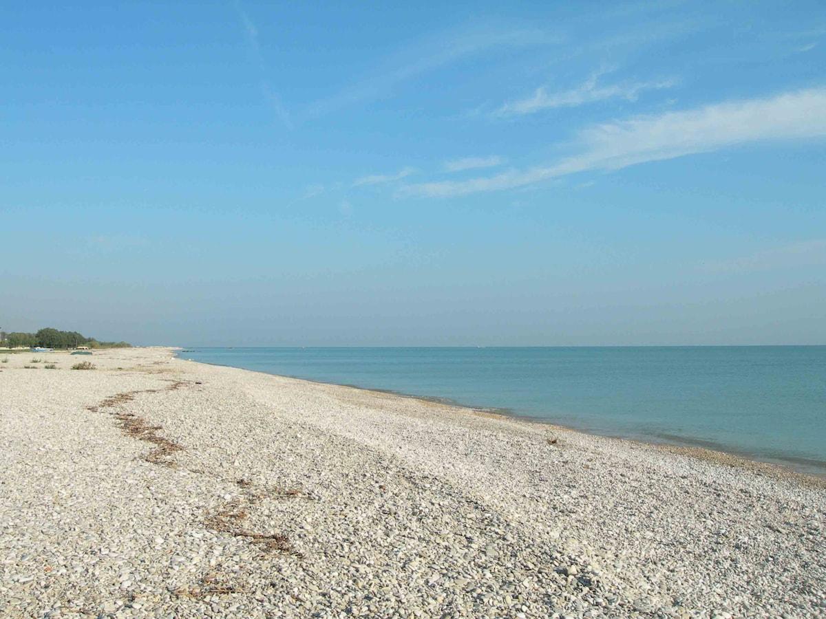 Cosy flat on the beach