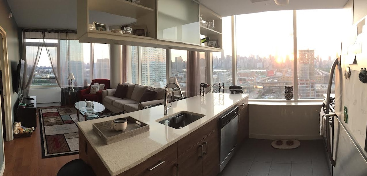 1Bed/1Bath in Luxury High-Rise