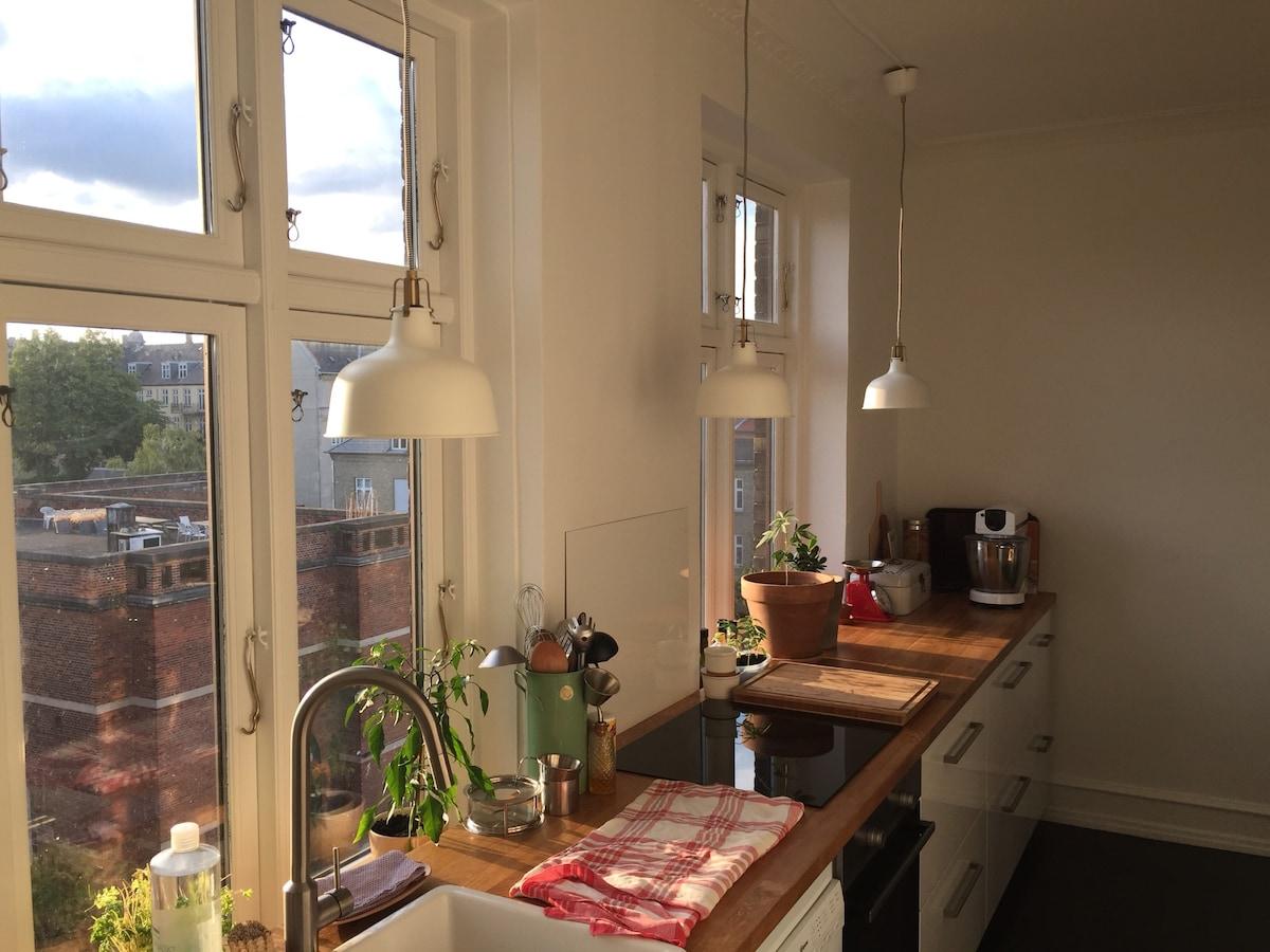 Bright, clean apartment in CPH <3