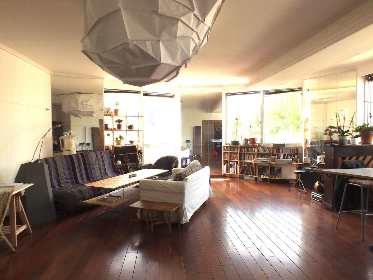 Loft spacieux et lumineux de 120m2