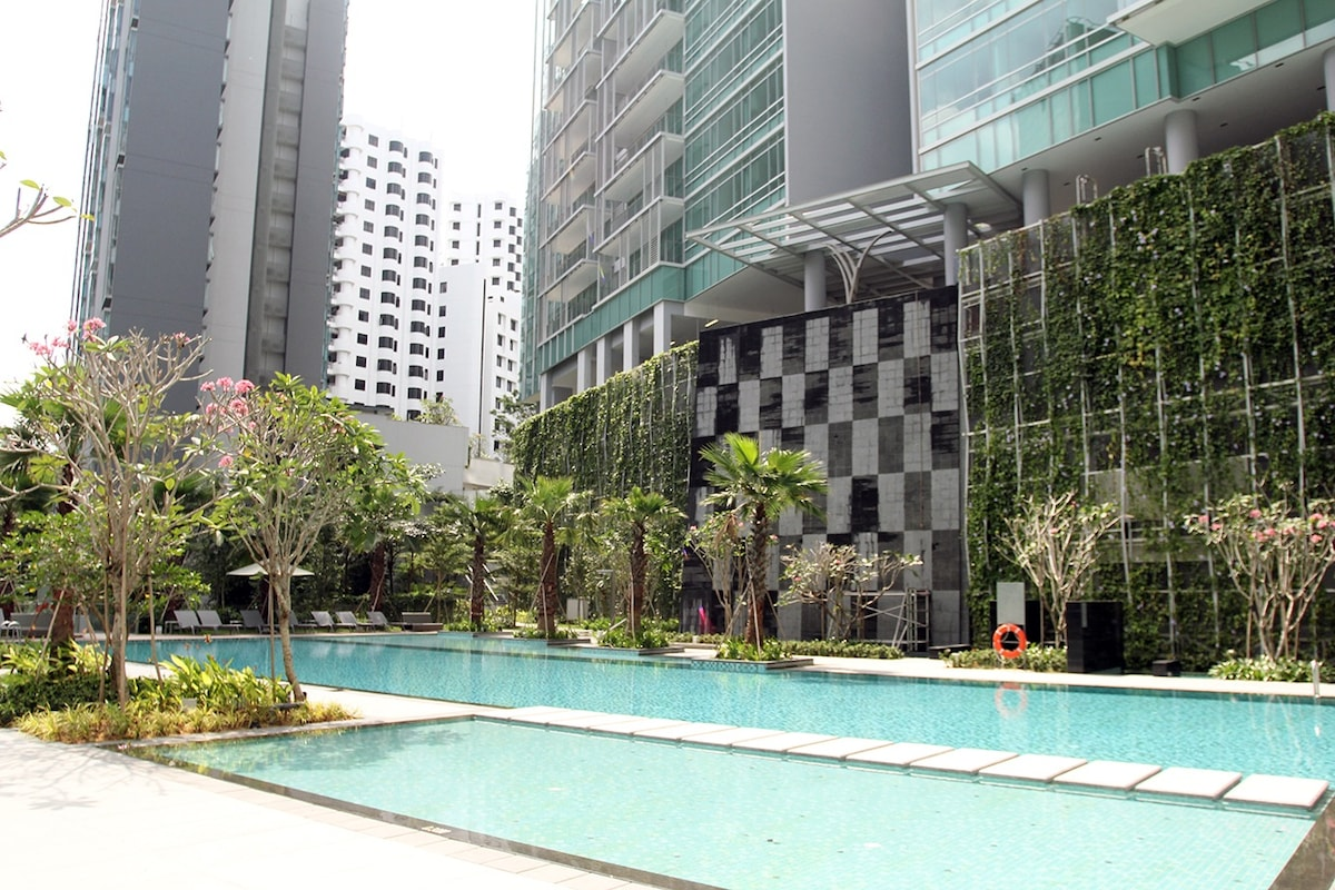 Brand new apartment @ Orchard