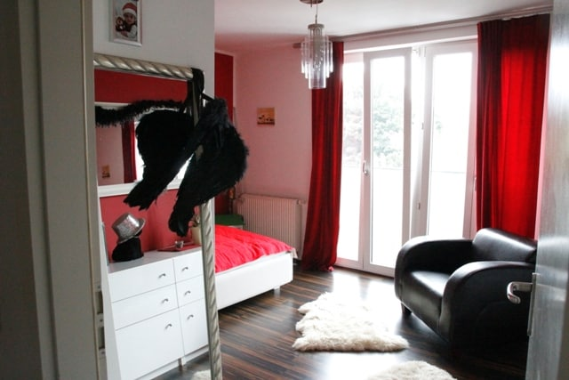 1. Sleeping Room -  1. Schlafzimmer