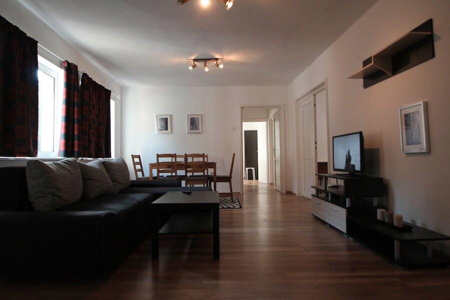 Sofia Nevsky Apartment