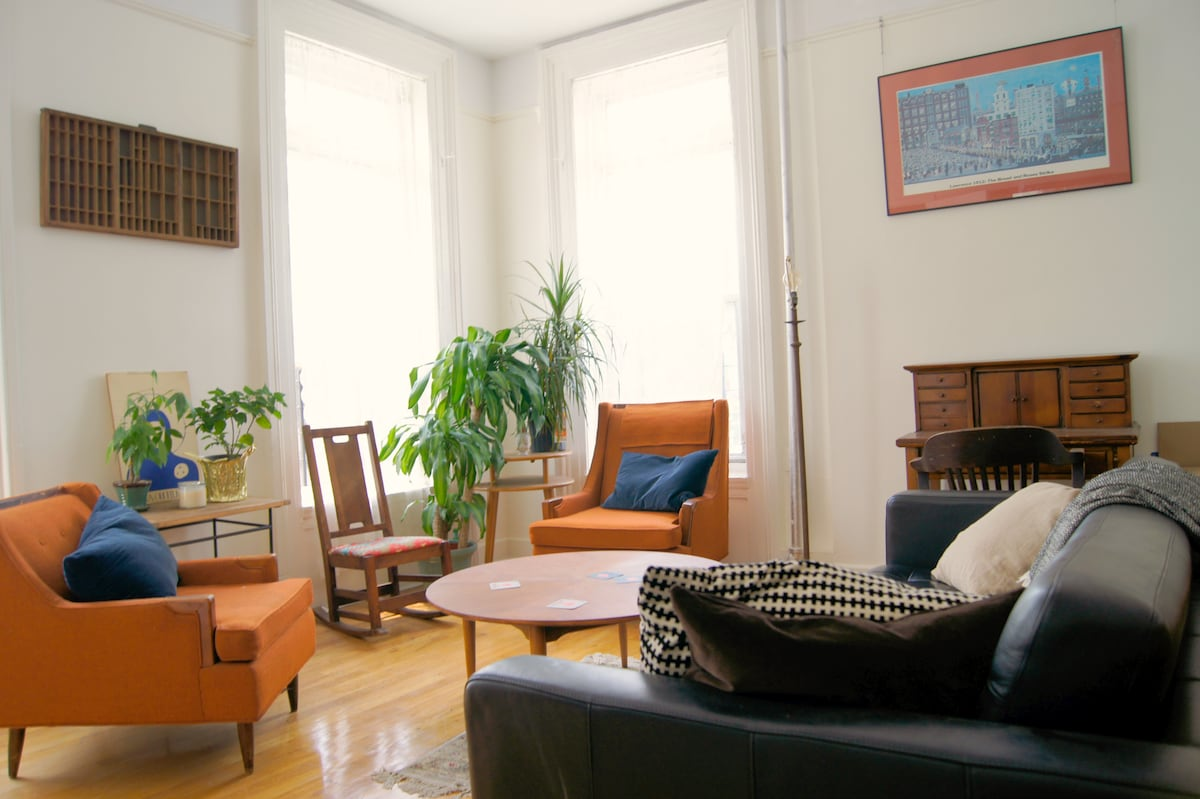 Large Sunny 2BR in Clinton Hill