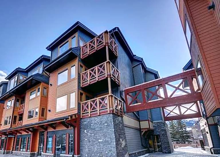 Rocky Mountain 3 bdrm Penthouse