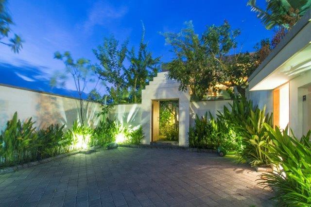 New Villa, 4bd, 500m beach, Berawa