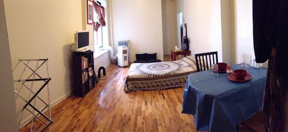 Living Room/ Cheap Holiday Rental