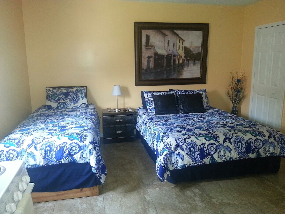 CLOSE TO WIREGRASS MALL & MORE