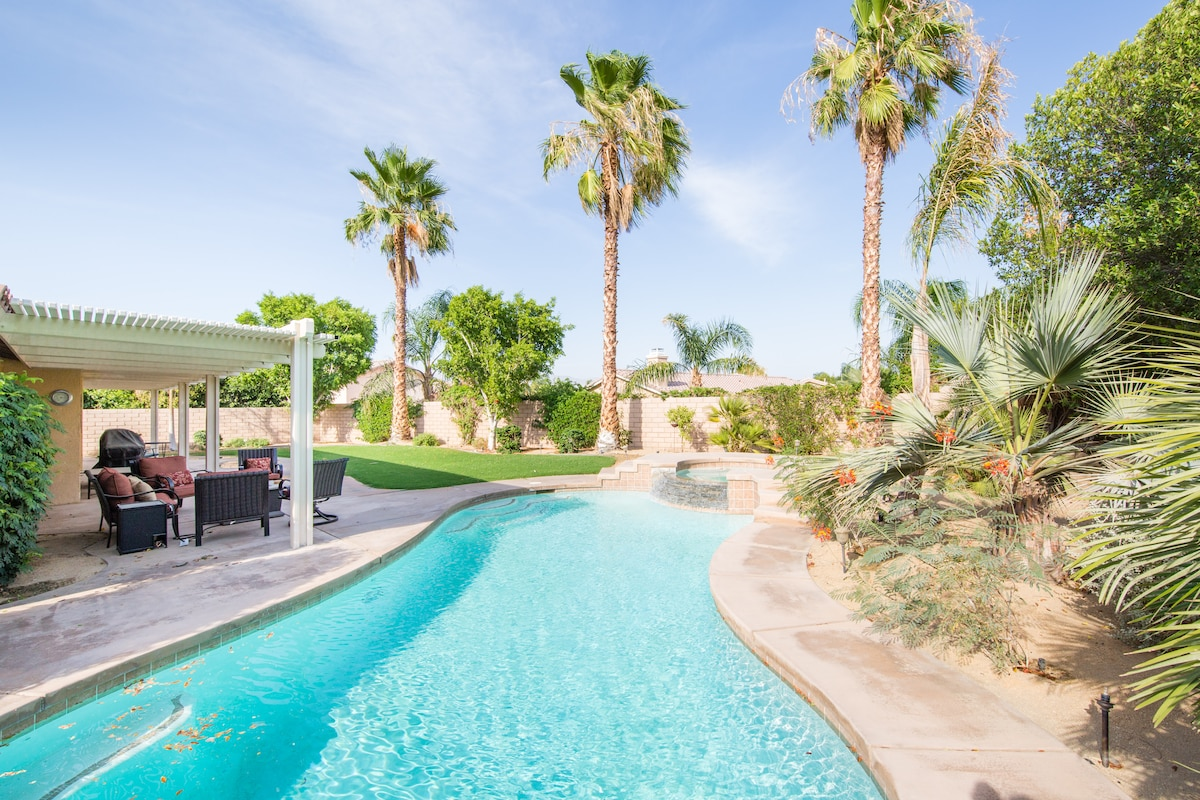 Beautiful private home with pool!!