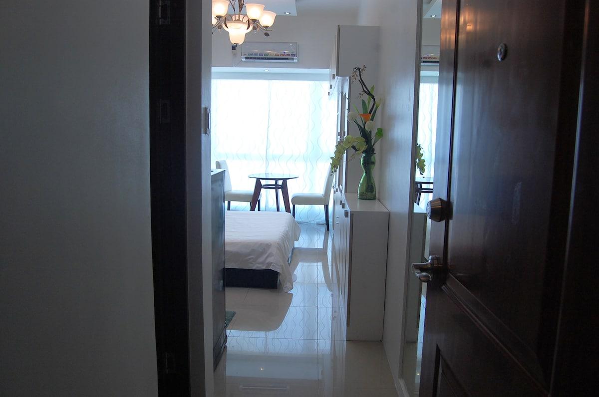 New Penthouse STUDIO in Makati CBD